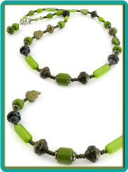 Forest Green Necklace