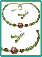 Rose Vines on Green Crystals Necklace Set
